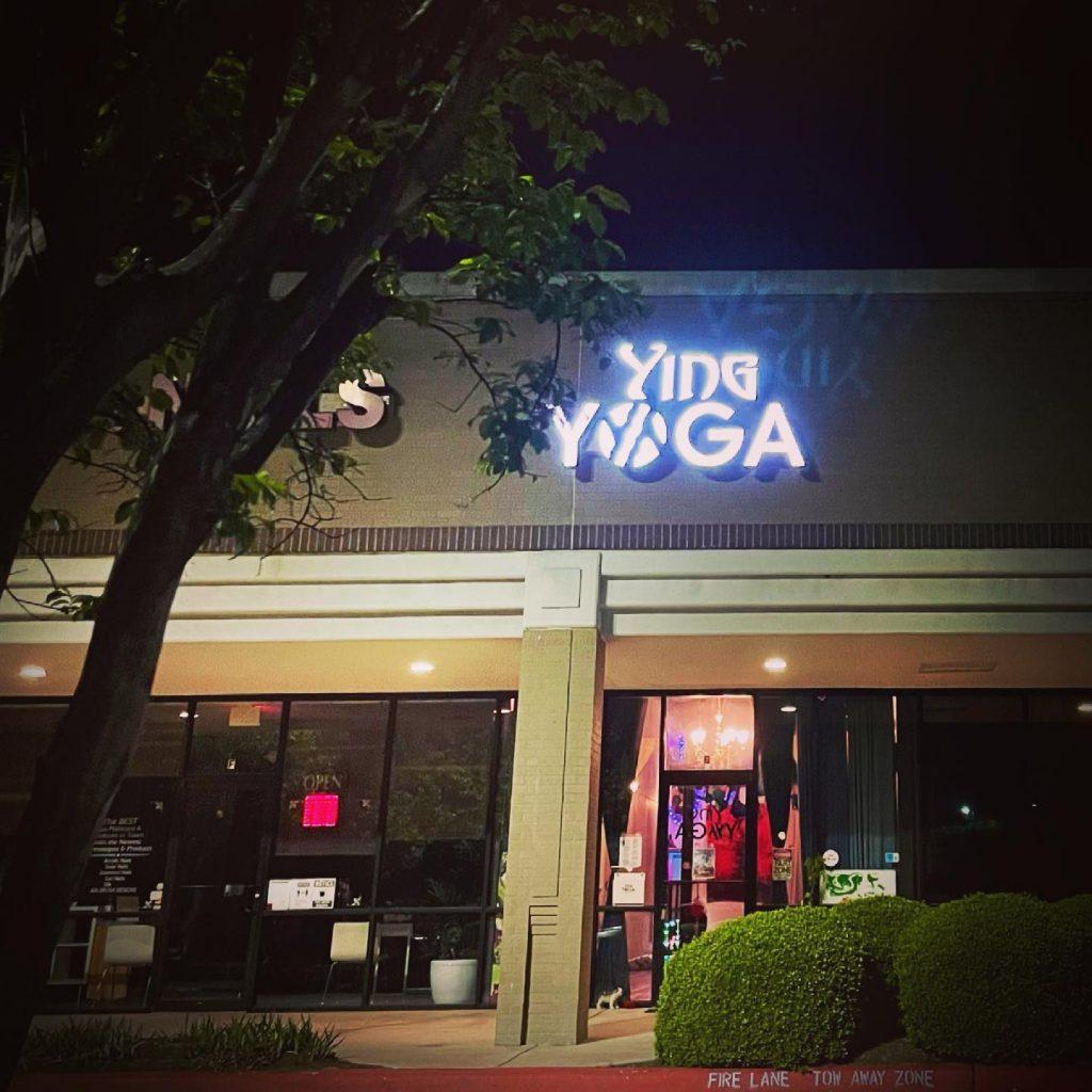 Still dark outside...when our 6am Ashtanga class begins!  . Monday - Friday 6am Ashtanga✨✨✨ . Yoga 🧘🏼♀️☕️🧘🏾🍵🧘♀️☕️🧘🏿♀️🍵🧘🏼 caffeine to start your day! . . . . .  #monkeyingaround #aerialyogaclass #freedom #yingyoga #yinyang #austinyoga #cedarpark #keepitlocal #nonfussy #movementismedicine #asana #practice #loveyourself #selflove #downdog #sunsalutation #ashtanga #hatha #breathe #inhale #exhale #love #peace #keepaustinfit #flyyoga #beherenow #meetmeonthemat #yinyang #aerialyoga #austinyogacommunity #플라잉요가