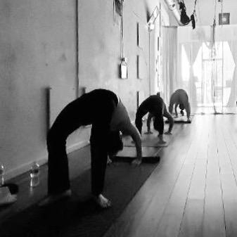 Backbends open your intuitive heart, and heal the spine. ✨✨✨ . . . . .  #monkeyingaround #aerialyogaclass #freedom #yingyoga #yinyang #austinyoga #cedarpark #keepitlocal #nonfussy #movementismedicine #asana #practice #loveyourself #selflove #downdog #sunsalutation #ashtanga #hatha #breathe #inhale #exhale #love #peace #keepaustinfit #flyyoga #beherenow #meetmeonthemat #yinyang #aerialyoga #austinyogacommunity #플라잉요가
