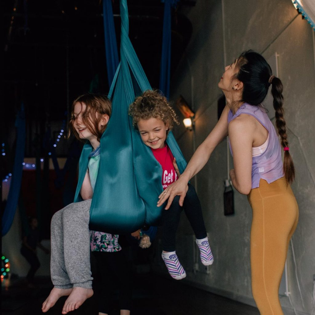 Children need Mindfulness ✨Learn to 🐝 loving to themselves☀️ & just have fun! . 🐘🐬🦓🌵🌻 Kids fly class is the perfect after school activity!  An amazing way for kids to connect with themselves more and experience the mind and body connection.  🌈🦋🦄🦁🐒🐢  . . . .  Photographer - @photographer_lulu   #austinyogacommunity #yingyoga #yinyang #atx #austinyoga #cedarpark #keepitlocal #nonfussy #movementismedicine #asana #practice #loveyourself #selflove #downdog #sunsalutation #ashtanga #hatha #breathe #inhale #exhale #love #peace #keepaustinfit #flyyoga #allwelcomed #beherenow #meetmeonthemat #yinyang #aerialyoga #kidsaerialyoga